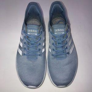 Adidas Cloud foam Sneakers Size 8 W